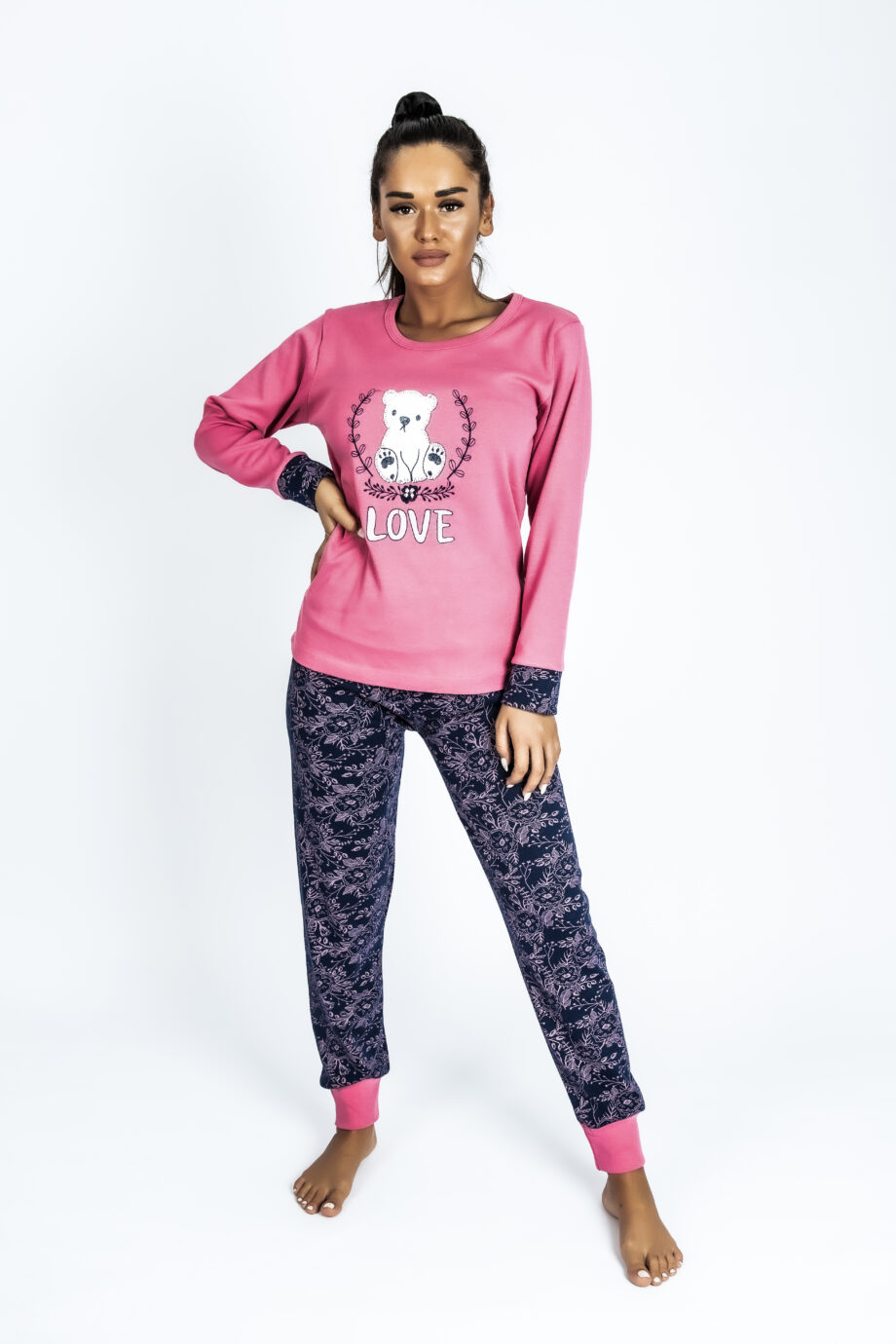 pijama woman teddy bear