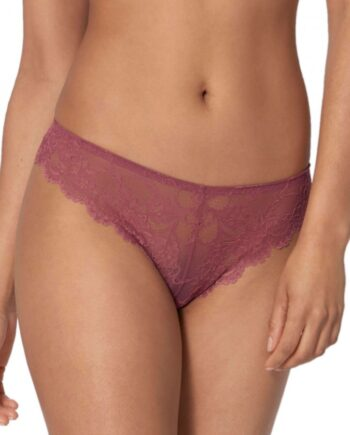 triumph-tempting-lace-brazilian-string-1975-01